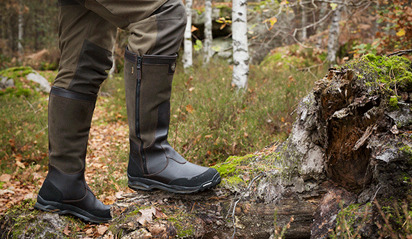 WATER RESISTANT & BREATHABLE LE CHAMEAU LCX® TECHNOLOGY