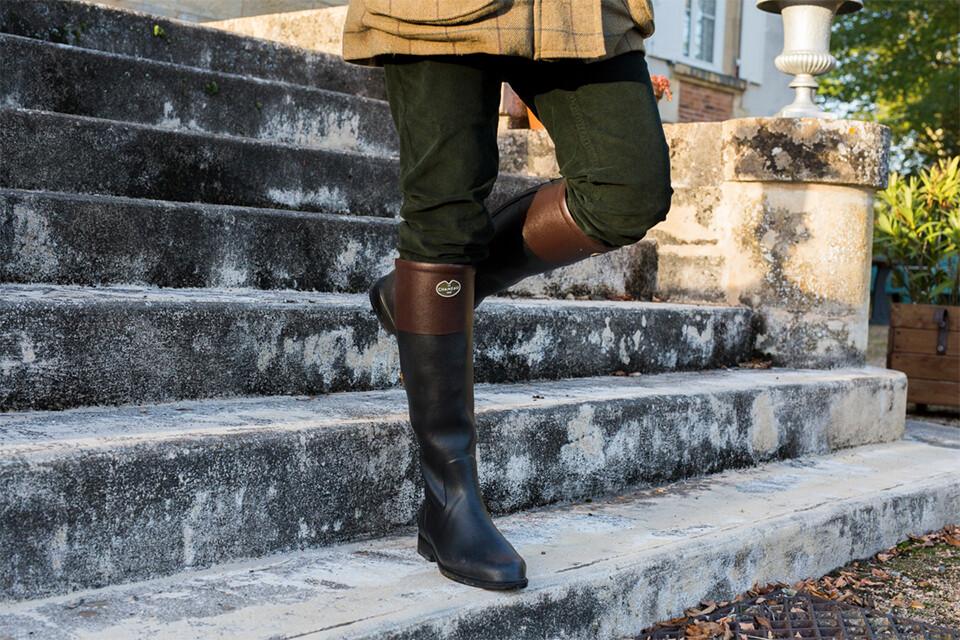 Shop the stylish Andalou boot