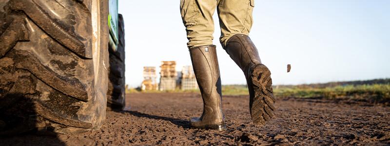 Dans les bottes de nos agriculteurs