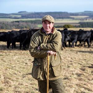 An den Füßen von Landwirten: George Burrell
