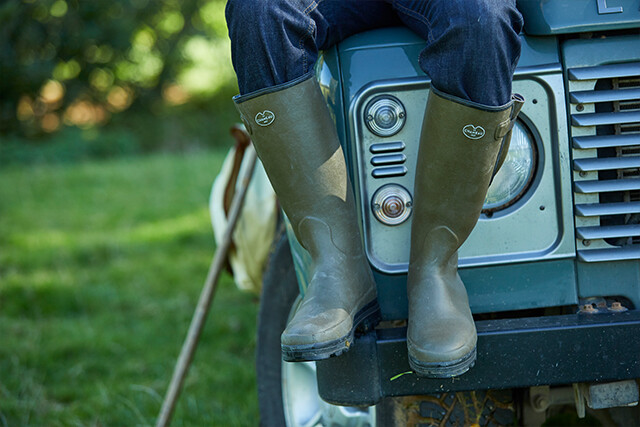 Shop the Vierzon and Vierzonord from Le Chameau. Handmade boots
