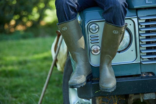 Entdecken Sie Vierzon und Vierzonord von Le Chameau. Handgefertigte Stiefel