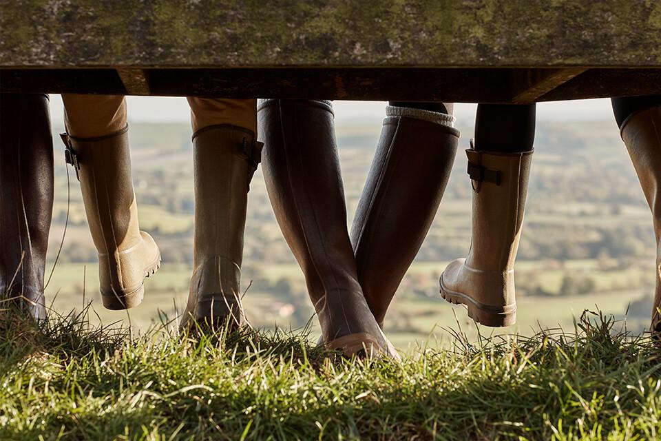Explorez toutes les bottes pour femmes. Des bottes premium en caoutchouc et en cuir.