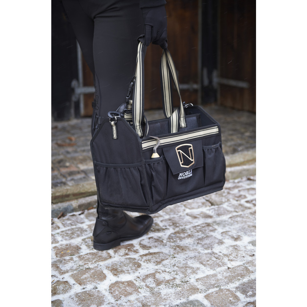 Equinessential™ Tote Black