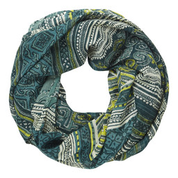 Sherpa Adventure Gear Kira Infinity Scarf       in Rathna Green