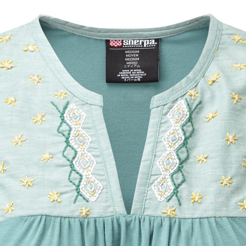 Maya Embroidery Sleeveless - Khola