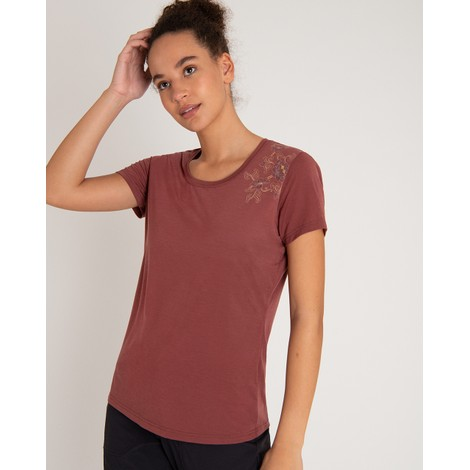 Sherpa Adventure Gear Hawa Tee in Ganden Red