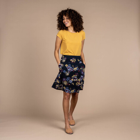 Sherpa Adventure Gear Padma Pull-On Skirt in Black Print